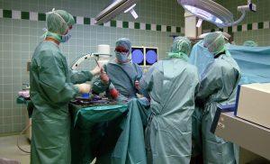 Prof._Dr._Matziolis_im_OP