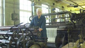 Ostfrauen _ Birgit Spiegelberg im Textilwerk Crimmitschau